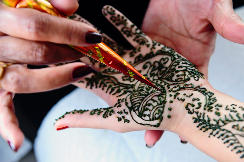 Get Creative with These Stunning Wedding Henna Designs
