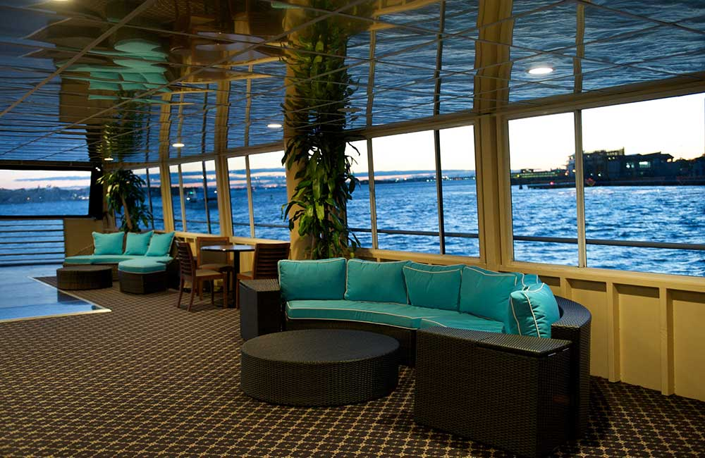 Private-Yacht-Charter-NYC-8