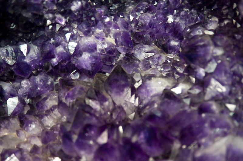 Amethyst, Agate, and Aura Quartz: 20 Ideas for the Ultimate Geode Wedding